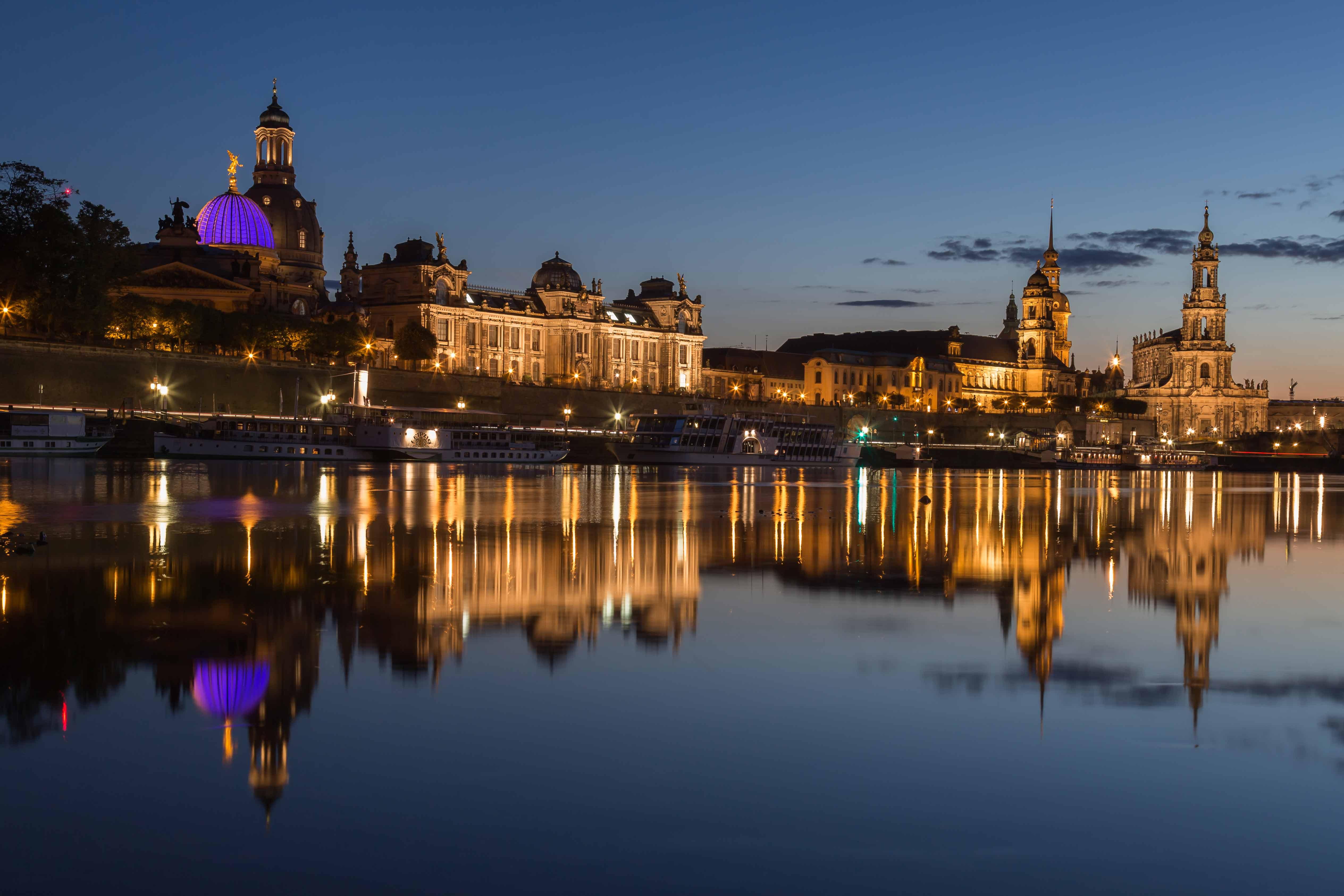 Dresdner Altstadt zur blauen Stunde